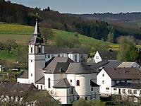 Kirche, Dorfgemeinschaftshaus
